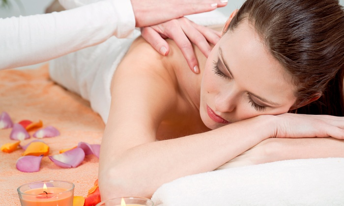 Luxe Blue Laser & Med Spa - Portage Park: 60-Minute Swedish Aromatherapy Massage with Optional Thai Bodywork at Luxe Blue Laser & Med Spa (Up to 53% Off)