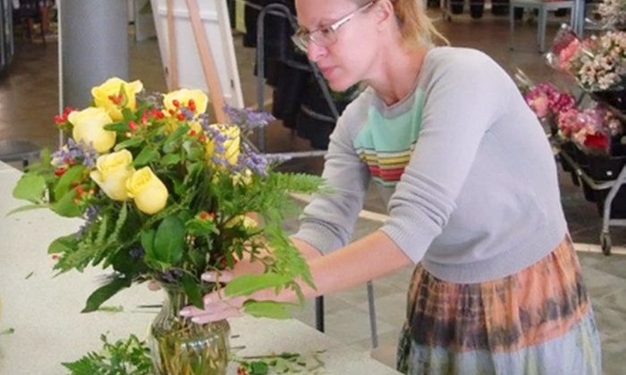 Field of Flowers - Multiple Locations: $45 for a Three-Class Floral Design Course at Field of Flowers ($95 Value)