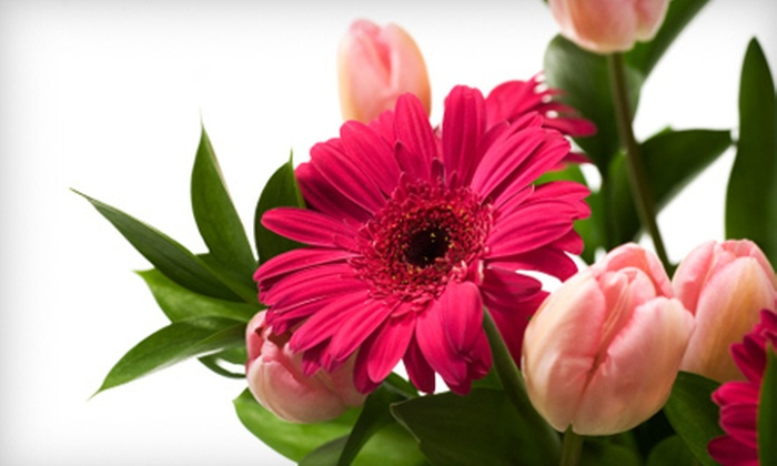 Mexico Road Florist - Saint Peters: $39 for 12 Months of Blooming Bundle Bouquets at Mexico Road Florist in St. Peters ($95.88 Value)