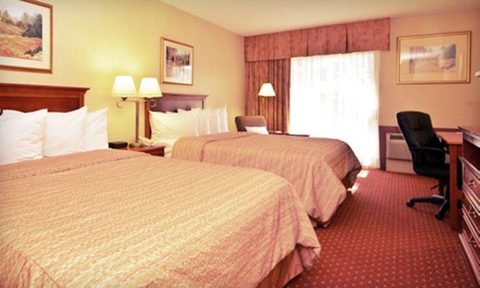 Best Western St. Catharines Hotel & Conference Centre - Fairview - Facer: $89 for a One-Night Stay for Two with Breakfast, Wine Tastings, and $10 Dining Credit ($229 Value)