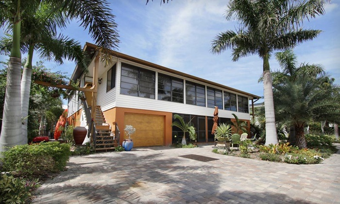 #1 Island Hideaway Luxury Suites - Fort Myers Beach: Island Two- or Three-Night Stay at #1 Island Hideaway Luxury Suites in Fort Myers Beach, FL