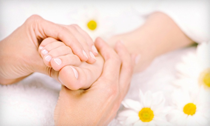 Atlantis Beauty Spa - Golden Triangle - Old Ottawa East - Ottawa South: $57 for a 30-Minute Perk-Me-Up Facial with Foot Therapy at Atlantis Beauty Spa ($115 Value)