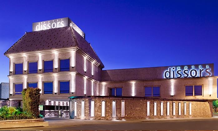 $989 en vez de $1985 por experiencia para dos con pernocte + desayuno en Dissors Hotel