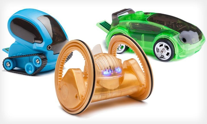 Desk Pets Smartphone/RC-Controlled Cars: Desk Pets Smartphone/RC-Controlled Cars or Robots (Up to 55% Off). Four Options Available. Free Shipping and Returns.