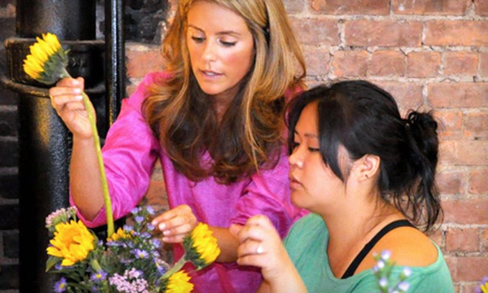 Sarah Tallman Design - Midtown South Central: $95 for a Two-Hour Flower-Arranging Class with Refreshments at Sarah Tallman Design ($200 Value)