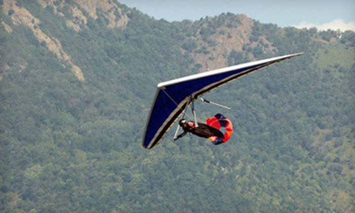 Mission Soaring Center - Tres Pinos: Introductory Hang-Gliding Lesson for One or Two at Mission Soaring Center (Half Off)