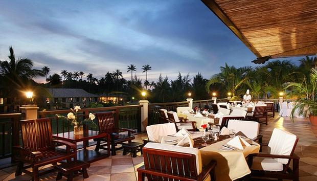 Bintan: 4* Nirwana Resort + Ferry 2