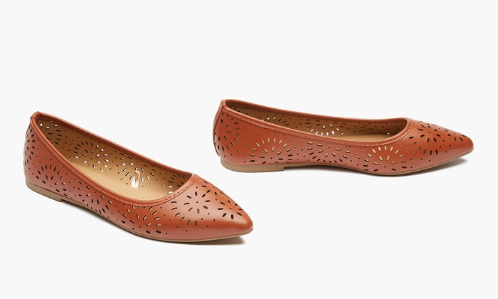 2e014ee6c8474 Sociology Women's Pointed-Toe Flats with Cutouts (Size 8)