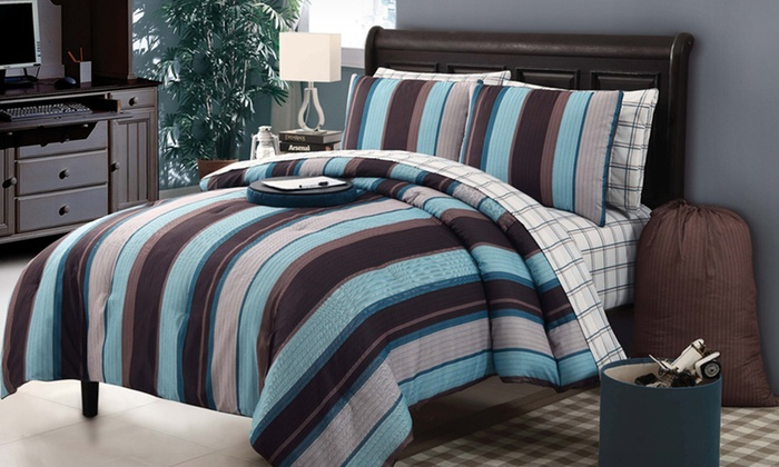 Victoria Classics Comforter Sets: 9- or 11-Piece Victoria Classics Comforter Sets (Up to 67% Off). Multiple Designs Available. Free Shipping and Returns.