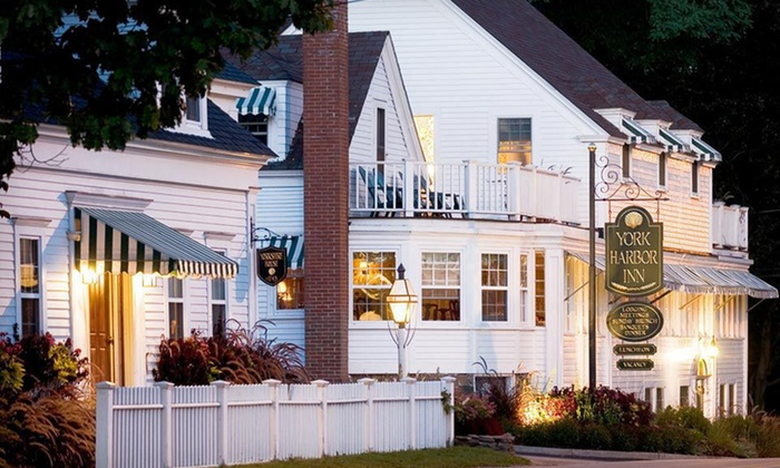 York Harbor Inn - York Harbor Inn: One- or Two-Night Stay with $25 Dining Credit at York Harbor Inn in Coastal Maine