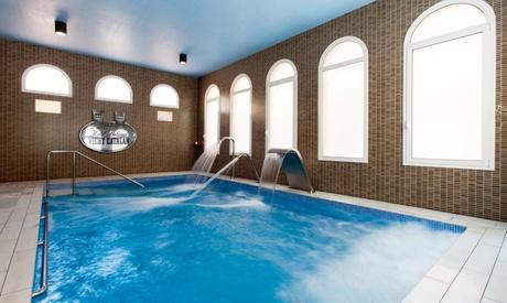 Caldes de Malavella: estancia para 2 con desayuno y opción a media pensión y/o spa en Hotel Balneario Vichy Catalán