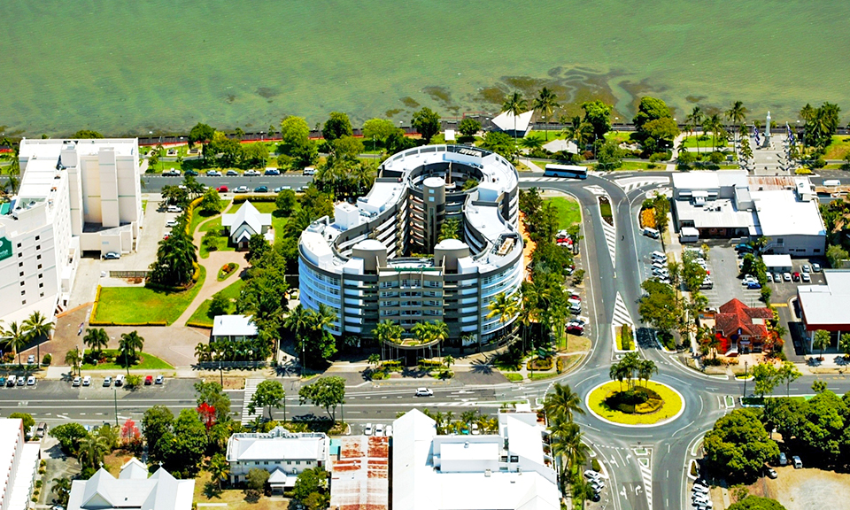 Cairns: 4.5-Star Stay + Flights 2