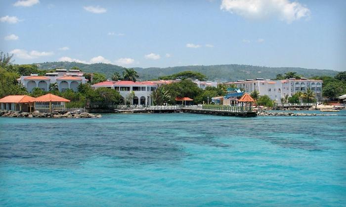 Franklyn D. Resort & Spa - Runaway Bay: Four- or Seven-Night Stay at Franklyn D. Resort & Spa in Runaway Bay, Jamaica