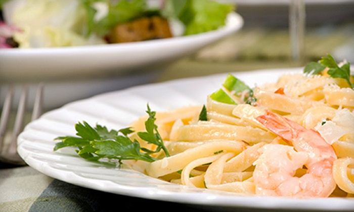 Mamma Mia's Ristorante and Pizzeria - Town and Country: Italian Food and Drinks for Two or Four at Mamma Mia's Ristorante and Pizzeria (52% Off)