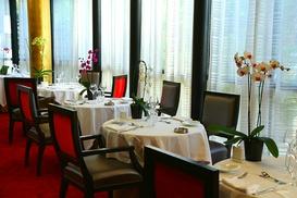 Restaurant le Palladia: Menu avec entrée, plat et dessert pour 2 personnes à 59,90 € au restaurant le Palladia