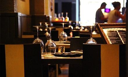 Menú para dos o cuatro con entrante, principal, postre y bebida en restaurante de l' Eixample Dret desde 24,90 €