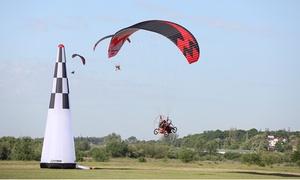 Paraelement: Szkolenie z lotem widokowym motoparalotnią (150 zł) z nagraniem w HD (od 249 zł) i więcej z firmą Paraelement (do -40%)