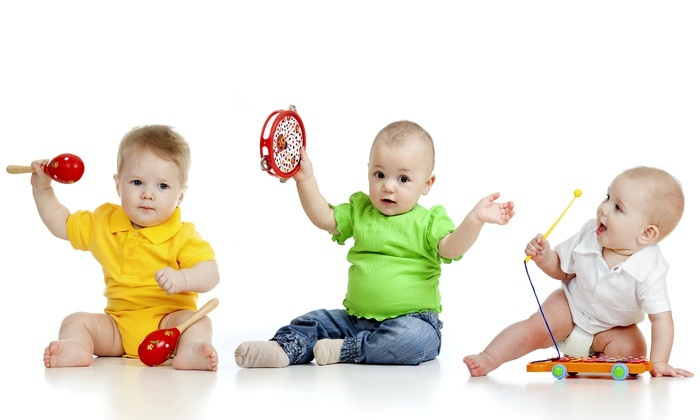Kids' MusicRound @ Small World Connect - Multiple Locations: $77 for Five Music Classes for Newborns & Tots at Kids' MusicRound @ Small World Connect ($155 Value)