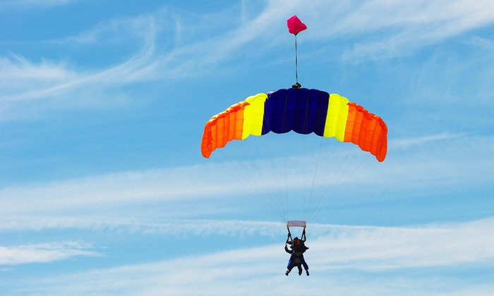 Parachute School of Toronto - Baldwin: C$275 for a Tandem Skydive and a T-Shirt at Parachute School of Toronto (C$317 Value)