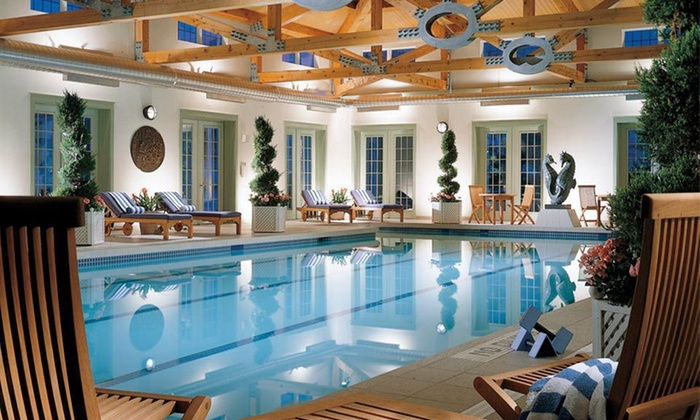 The Inns at Equinox - Manchester, VT: One-Night Stay with Spa or Golf Voucher at The Inns at Equinox in Manchester Village, VT
