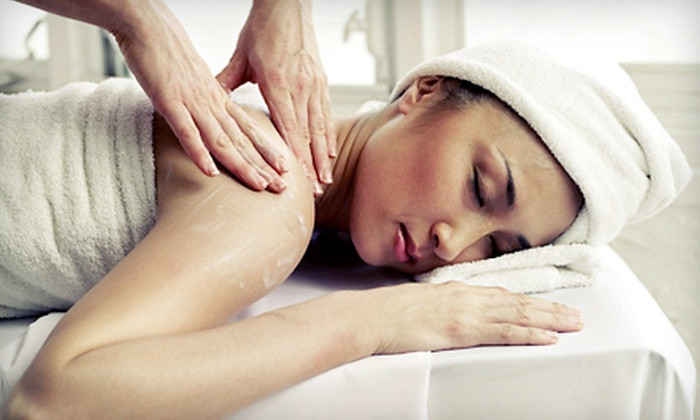 Westlake Wellbeing - West Lake Hills: $69 for a 60-Minute Peppermint Deep Massage with Foot Scrub and Heat Treatment at Westlake Wellbeing ($140 Value)