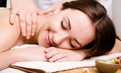 $49 for a Relaxation Package with Massage and Light Therapy at the Centre de Santé Le Lagon Bleu (a $120.50 Value)