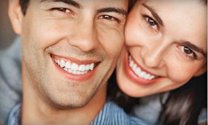 DaVinci Teeth Whitening: $29 for a Professional Teeth-Whitening Kit with Teeth-Whitening Pen from DaVinci Teeth Whitening ($279 Value)