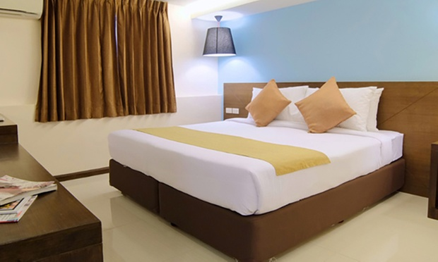 BKK $399 Choice of Hotel + Flights 4