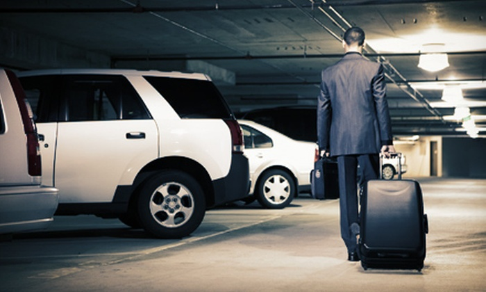 Airport Parking USA - Newark Airport and Port Newark: $23 for Three Days of Parking for Newark Liberty International Airport from Airport Parking USA (Up to $74 Value)