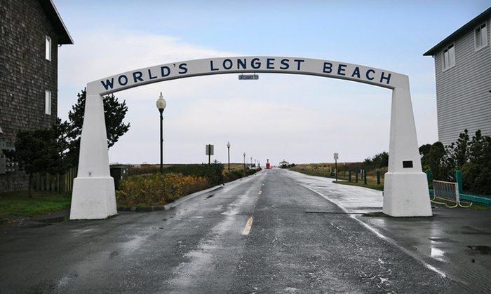 Oceanfront Lodge Along Pacific Coast