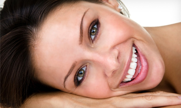 Strawbridge Dental Associates - Virginia Beach: Consult, X-rays, and Cleaning, or Whitening Treatment at Strawbridge Dental Associates in Virginia Beach (Up to 85% Off)