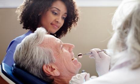 Limpieza bucal con ultrasonidos y revisión por 12,95 € y con curetaje en 1 o 2 arcadas desde 59,95 € en 4Dental