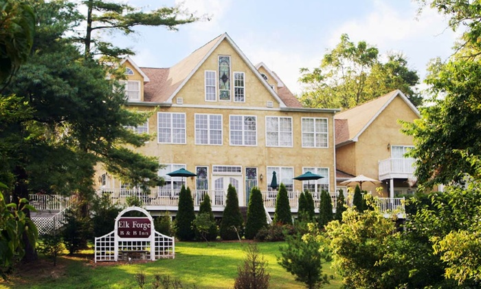 Elk Forge Bed & Breakfast - Elk Mills, MD: 1- or 2-Night Stay for Two in a Suite or Standard or Whirlpool Room at Elk Forge Bed & Breakfast in Elkton, MD