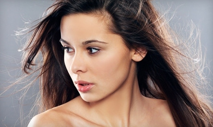 Hudson Aesthetics - Greenburgh: Gel Peels or Microdermabrasion Treatments at Hudson Aesthetics (Up to 64% Off). Six Options Available.