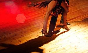 Tanzschule Alma Latina: Salsa-Tanzkurs mit 4 Einheiten à 90 Minuten für 1 oder 2 Personen in der Tanzschule Alma Latina ab 14,90 €