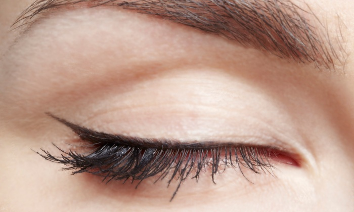 Lash Out Lash Pro - Flamingo / Lummus: Toward a Full Set of Silk Eyelash Extensions and one Refill from Lash Out Lash Pro (66% Off)