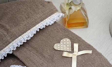 Accappatoio in spugna di puro cotone Heart Made in Italy disponibile in 4 colori e 5 taglie