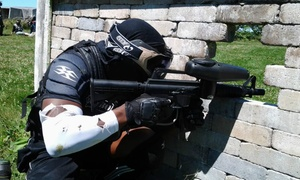 Paintball Le Fou de l'Île: 8 Hours of Paintball for 2, 4 or 8 at Paintball Le Fou de l'Île (Up to 68% Off)