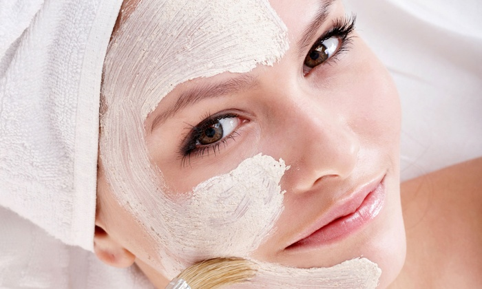Age Smart by Mirka - Bethesda: One Gentleman's Facial or Vitamin C Antioxidant Facial at Age Smart by Mirka (51% Off)