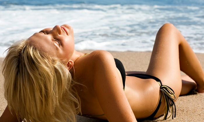 H2O Bodyworks for Women - North Liberty: $89 for Three Organic Spray Tans at H2O Bodyworks for Women ($177 Value)