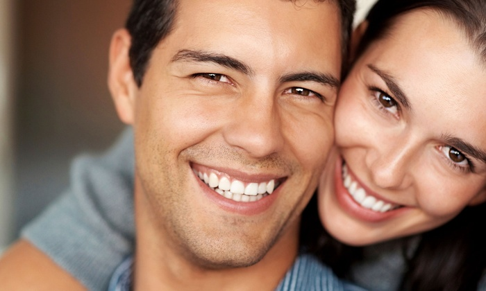 DaVinci Teeth Whitening - Village Seven: $79 for a One-Hour Teeth-Whitening Treatment at DaVinci Teeth Whitening ($317 Value)