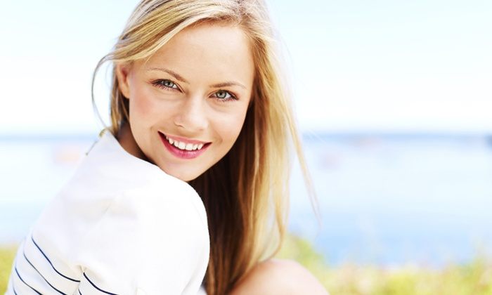 Epic Dental Associates - Hedwig Village: $59 for $1,200 Credit Toward Full Invisalign Treatment, with In-Office Whitening Included at Epic Dental Associates ($1,350 Value)