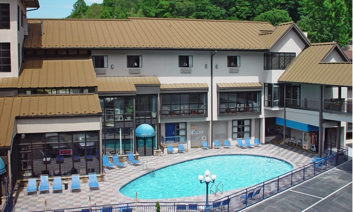Sidney James Mountain Lodge - Gatlinburg, TN: Stay  at Sidney James Mountain Lodge in Gatlinburg, TN; Dates into March
