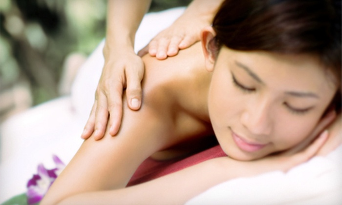 A Renaissance Health Center for Natural Medicine - Downtown Gresham: Three Acupuncture Treatments or Deep-Tissue Massages at A Renaissance Health Center for Natural Medicine (Up to 52% Off)