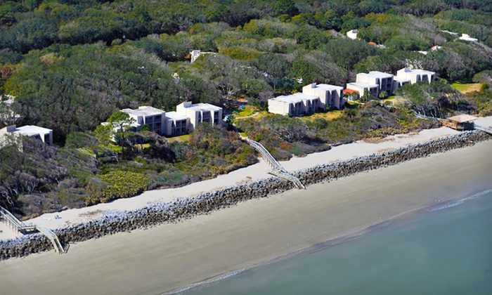 null - Augusta: Stay with Two Cruise Tickets at Villas by the Sea Resort on Jekyll Island, GA. Dates Available into April.
