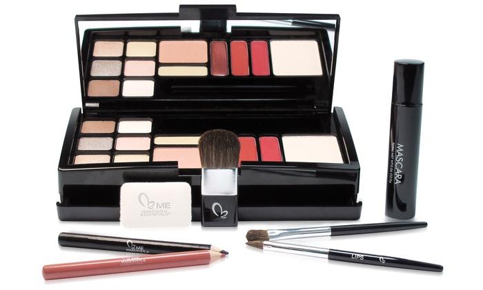 Makeover Essentials Weekly Essentials 20-Piece Makeup Kit: Makeover Essentials Weekly Essentials 20-Piece Makeup Kit