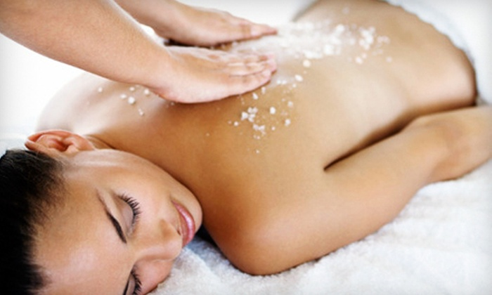 Rumirs Day Spa & Salon - Multiple Locations: $45 for a 45-Minute Exfoliating Body Scrub at Rumirs Day Spa & Salon ($90 Value)