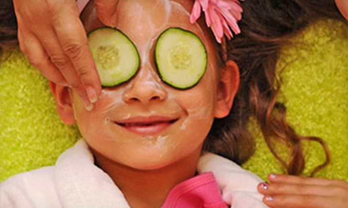 Candy Kids Spa - Multiple Locations: Bubblegum Spa Day for One or Polish-Only Mani Party with Keepsake Lotions for Up to 10 at Candy Kids Spa (Up to 59% Off)