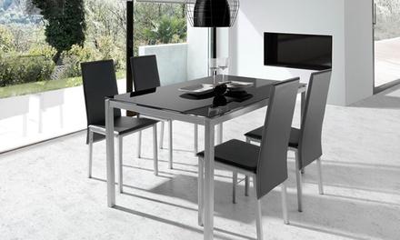 Conjunto de mesa e cadeiras de modelo Elodie por 179,90€