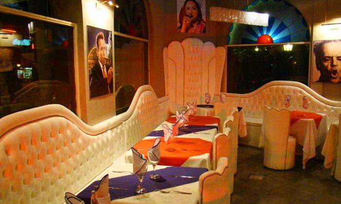 Oye Chico - Oye Chico: Desde $349 por cena cubana y show con entrada + plato principal + postre para dos o cuatro en Oye Chico